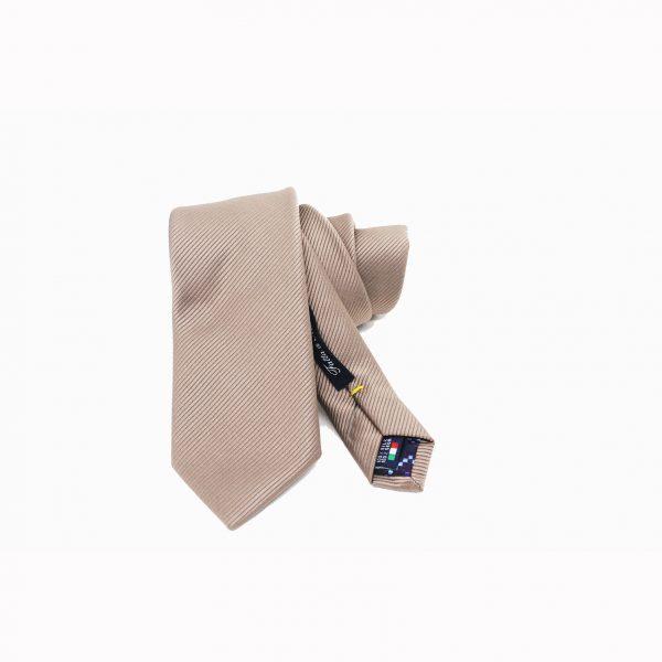 cravatta avana